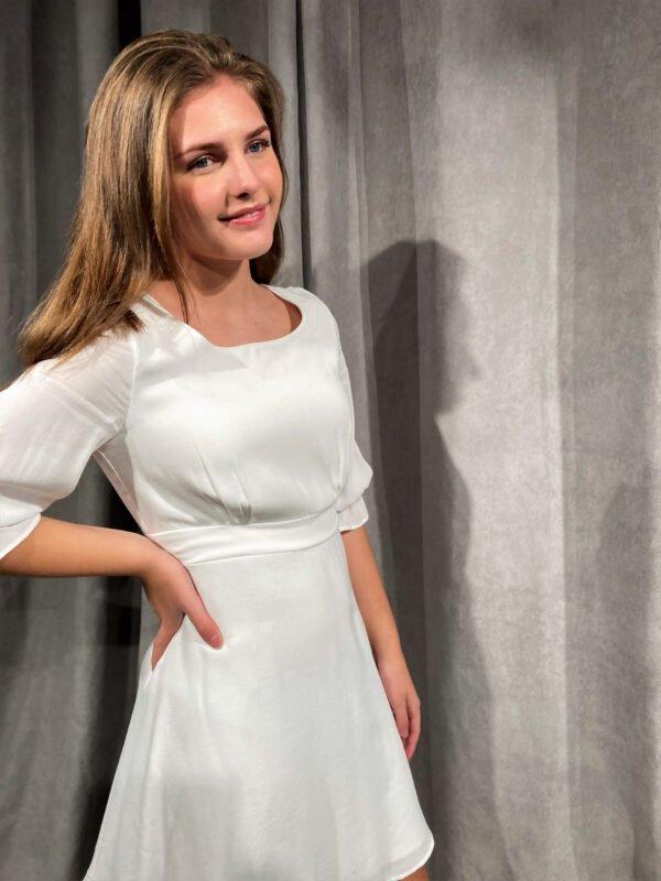 Enkel konfi kjole hvid ALIX 2021