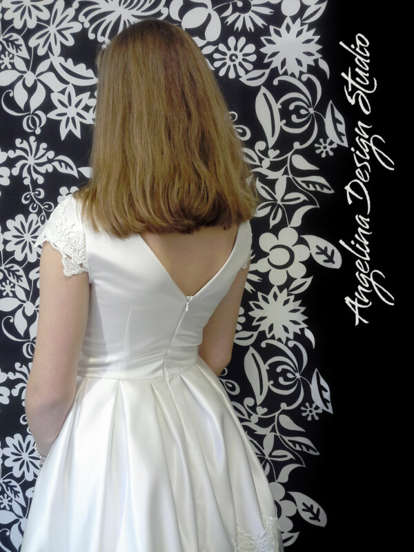 Simpel konfi kjole FREJA