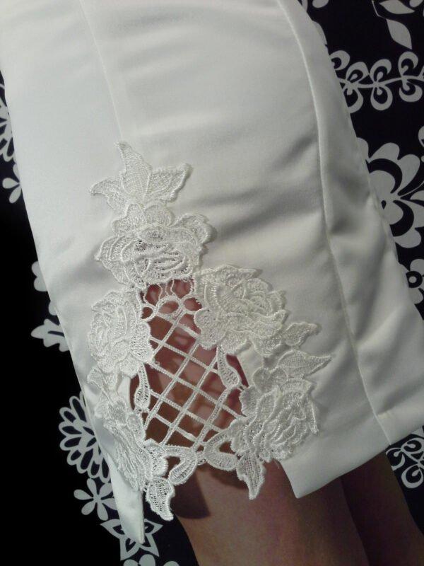 Konfi kjole LEA med masse detalier