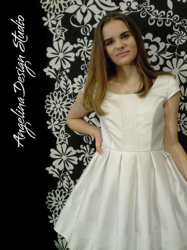 Konfi kjole CECILIE med korte ærmer