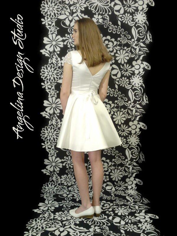 Konfi kjole blonde LUCCA med åben ryg